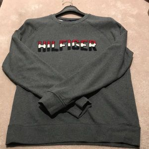 tommy hilfger crew neck